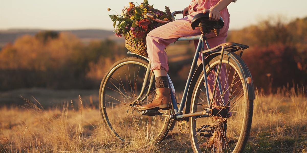 Aprovecha el Día Internacional de la Bicicleta para mejorar las varices
