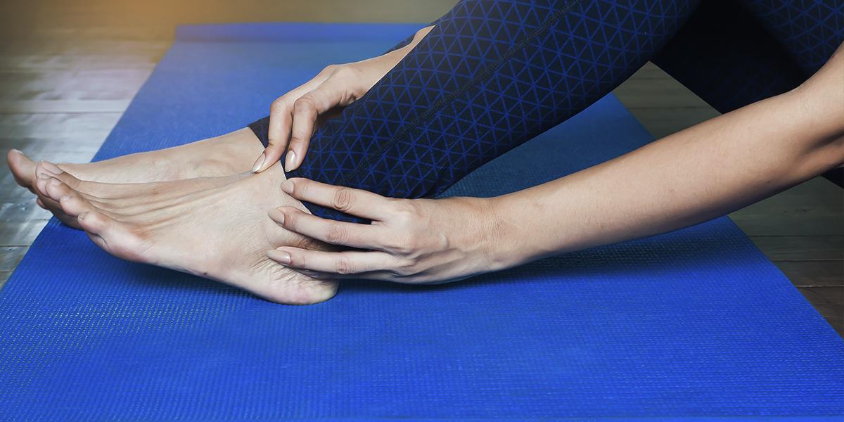 Masajes circulatorios para tratar de aliviar las piernas cansadas
